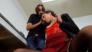 Boss Steve Holmes is fucking his hot secretary Alexis Tae