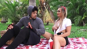 Outdoor anal sex with slutty American chick Tucker Stevens